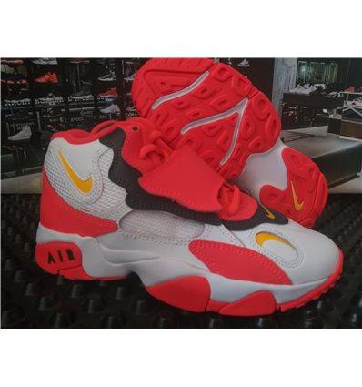 Nike Air Speed Turf