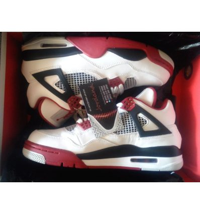 Nike Air Jordan 4 IV Retro White Varsity Red